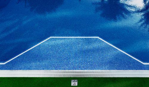 0254 Schwimmen