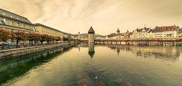 Stationstraat en Kapelbrug Luzern van Tony Buijse