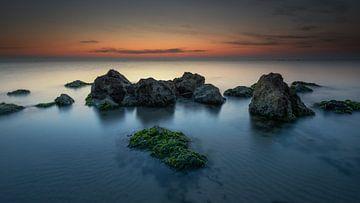 Voor zonsopkomst aan zee van Jenco van Zalk