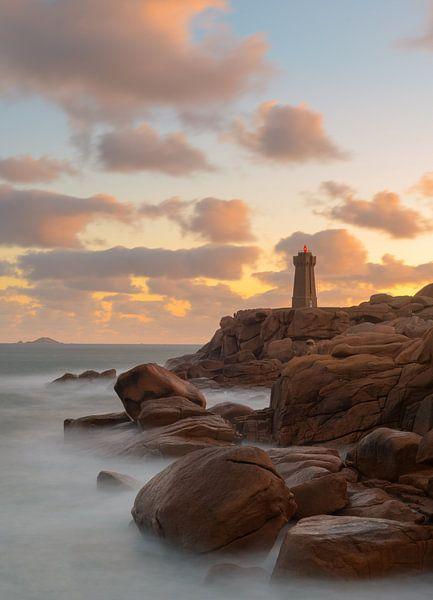Le phare de Mean Ruz, Ploumanac'h von Jos Pannekoek