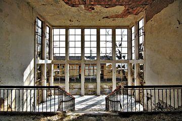 Verlassenes Theater. von ilja van rijswijk