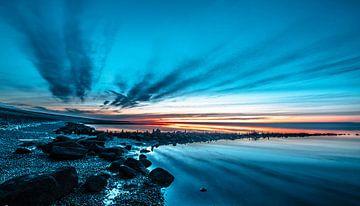 blauwe uur op de wadden van Jan Peter Nagel