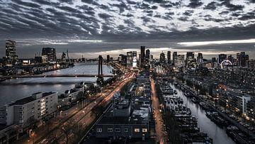 Rotterdam aan je voeten van Jeroen van Dam