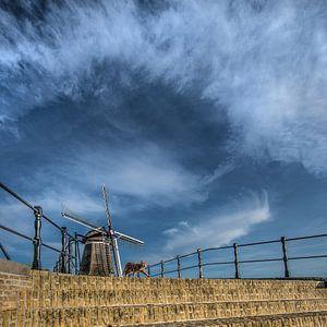 Brug en windmolen van het Friese stadje Sloten