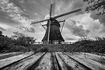 Mondrian-Mühle in Schwarz und Weiß von Michel Knikker