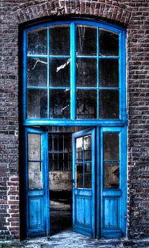 Blaue Türen 1 von Kirsten Scholten