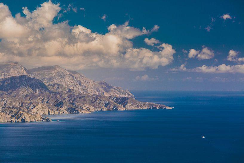 Karpathos cliffs van Andy Troy