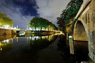 Catharijnesingel in Utrecht gezien vanaf Bijlhouwersbrug sur Donker Utrecht