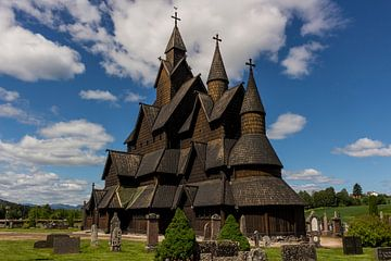 Heddal Staafkerk, Noorwegen van Adelheid Smitt