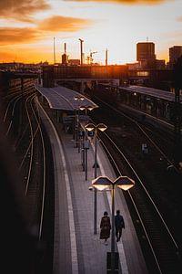 Zonsondergang treinstation