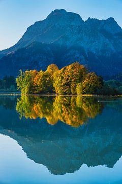 Forggensee im Herbst von Walter G. Allgöwer