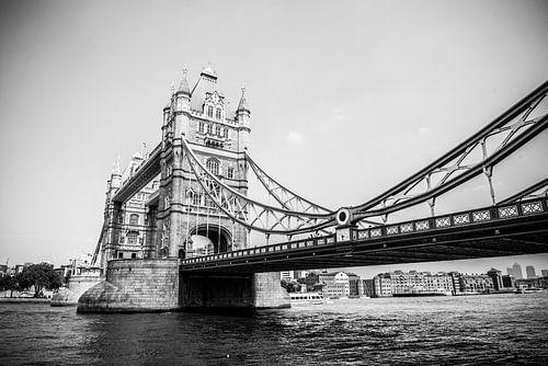 Tower Bridge in Zwart Wit