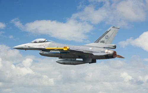 F-16 Fighting Falcon MLU van