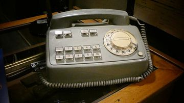 Een telefoon in het museum van Wilbert Van Veldhuizen