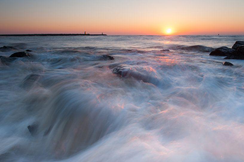 Scheveningen beach - 4 van Damien Franscoise
