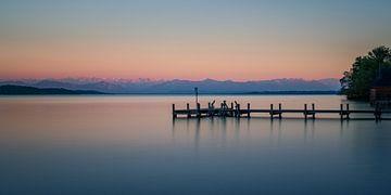 Aanlegsteiger in Starnberger See van