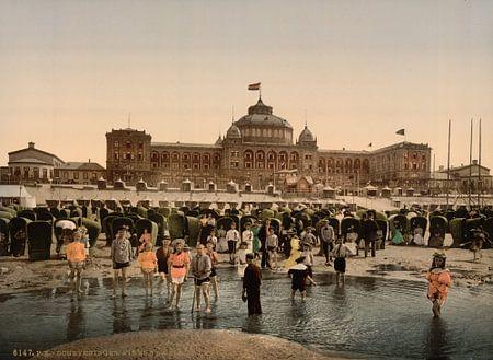 Kurhaus & strand van Scheveningen van Vintage Afbeeldingen