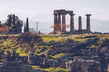 Korinthe - Tempel van Apollo (Peloponnesos, Griekenland) van Alexander Voss