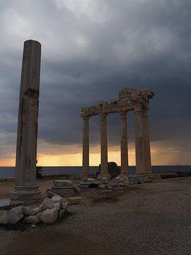 Apollo Tempel im Sonnenuntergang von Travell-Dreams