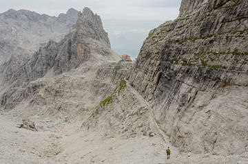 Die letzte Schritte zu Rifugio Pedrotti. von Sean Vos