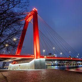 Willemsbrug - Rotterdam (Blauwe Uur) van Fotografie Ploeg