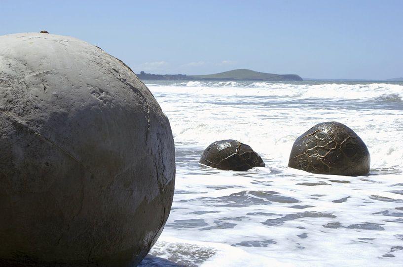 Moeraki boulders van Jeroen van Deel