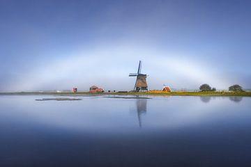 Mistboog boven de Etersheimer Molen | Noord-Hollands Landschap | Weerfoto van Marijn Alons