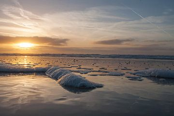 Zonsondergang in Egmond aan Zee von Dirk Sander