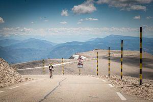 Wielrenner op de Mont Ventoux van