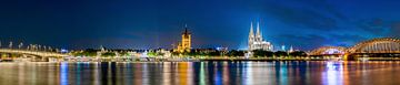 Keulen panorama bij nacht van Günter Albers