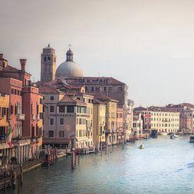 Venetië in de vroege morgen von Wim van de Water