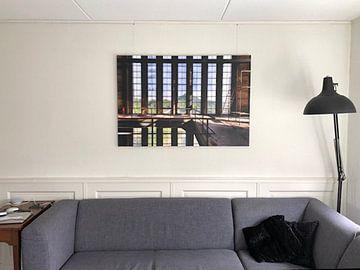Klantfoto: Raampartij symmetrie een vervallen fabriek van Sven van der Kooi
