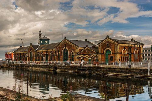 Pomphuis in de haven van Belfast van