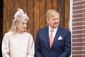 Koningin Maxima en Koning Willem Alexander bezoeken Hoogeveen op 18 september 2019 van Ronald Jansen