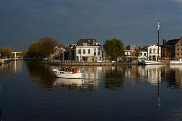 Delft in avondzon van Alice Berkien-van Mil