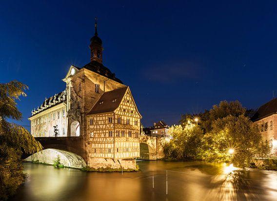 Bamberg - Het oude stadhuis op het blauwe uur