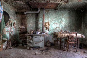 Verlaten plekken: Green Kitchen van Preciousdecay by Sandra