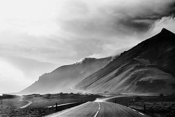 Iceland 18 van