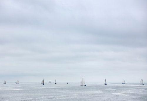 Small Ships van
