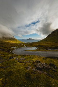 Weg naar Norðradalur. van Maikel Claassen Fotografie