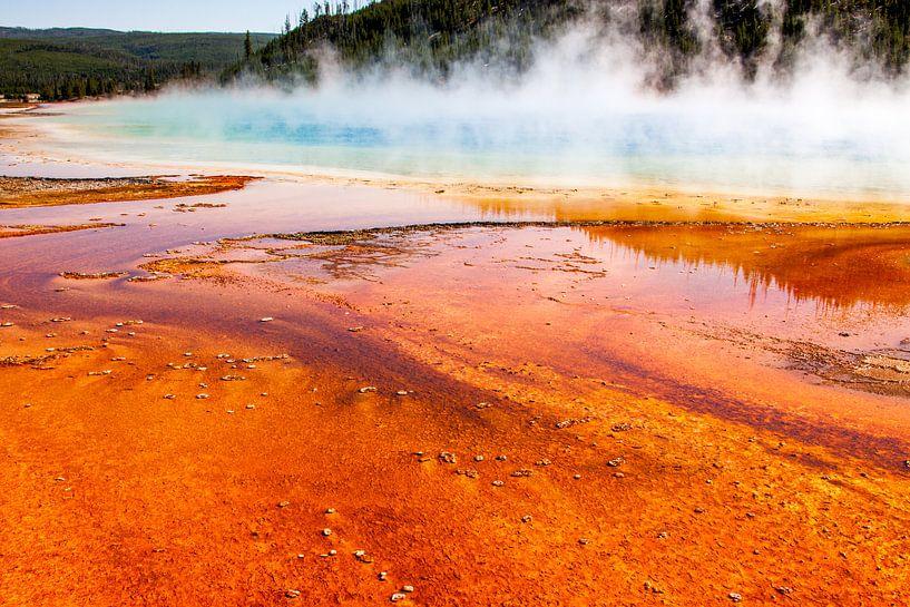 Grand Prismatic spring in Yellowstone van Stefan Verheij
