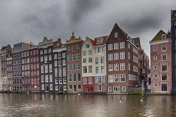 Damrak Amsterdam van Don Fonzarelli
