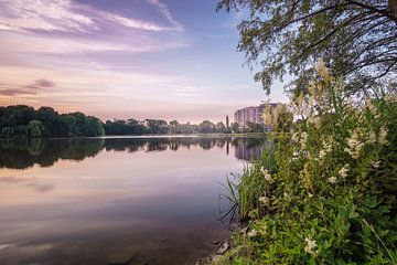 De Schillervijver Wolfsburg bij zonsondergang