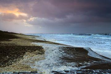 Zeeschuim op stand bij storm von Georges Hoeberechts