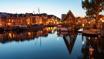 Galgenwater bij nacht Leiden