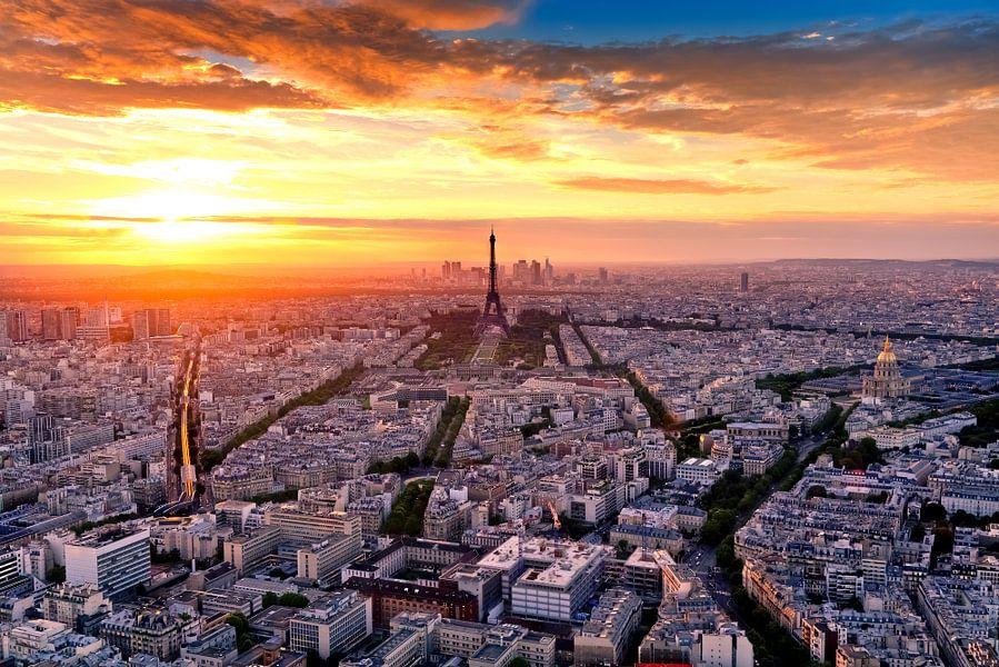 PARIS 18 van Tom Uhlenberg