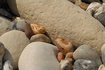 Keien op het strand van Rafael Delaedt