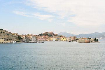 Blick auf Portoferraio | Insel Elba | Italien | Reisefotografie von Mirjam Broekhof