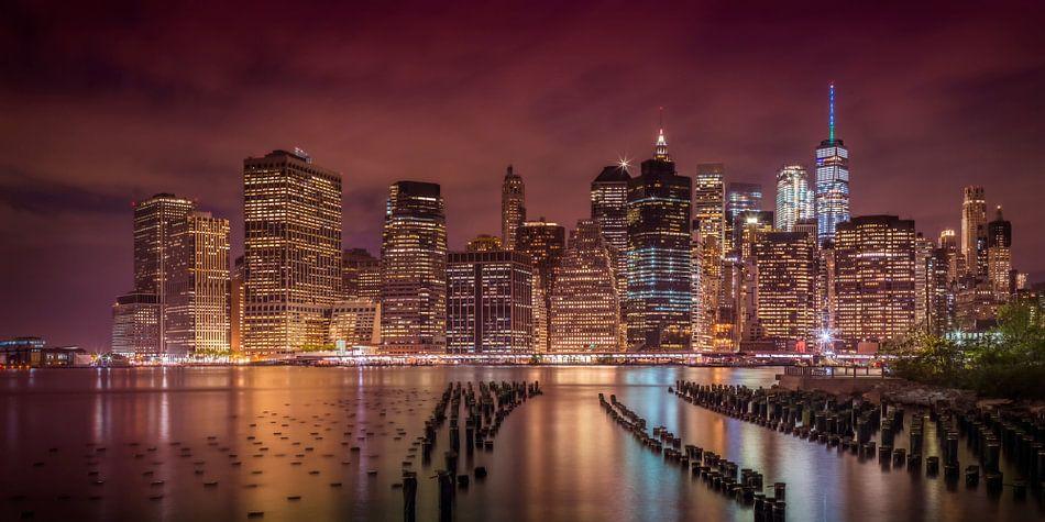 New York City Indruk in de nacht | Panorama van Melanie Viola
