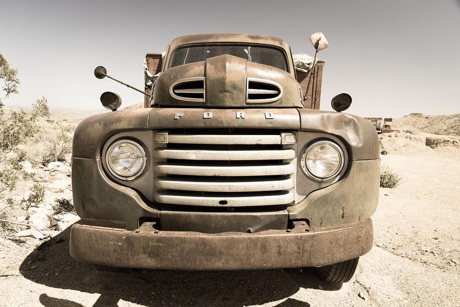 Ford, oude auto van Inge van den Brande